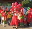 Фестиваль клубники посетят московские артисты
