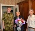 Сотрудники УСПН поздравили ветеранов с 73-й годовщиной со дня разгрома советскими войсками немецко-фашистских войск в Курской битве