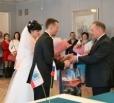 В балаковском ЗАГСе поздравили первых молодоженов 2017 года