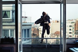 балкон, падение, суицид, самоубийство