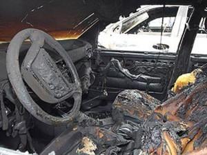 пожар_авто_сгоревший автомобиль