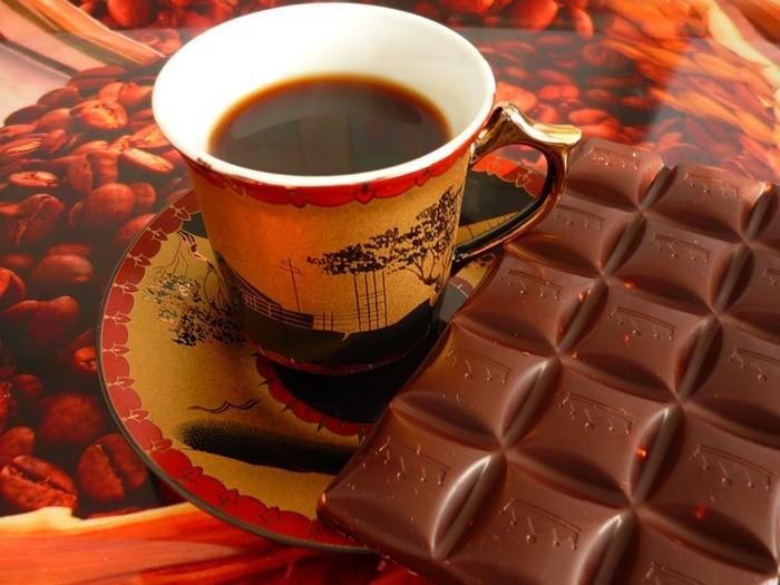 Фото чашка кофе и шоколад